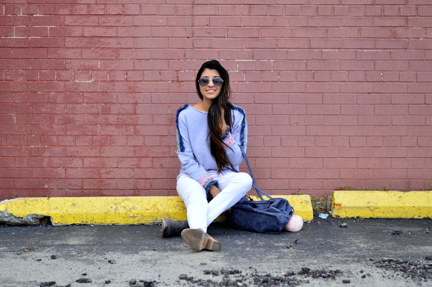 pom-fringe-sweatshirt-casual-basics-blogger-outfit 9