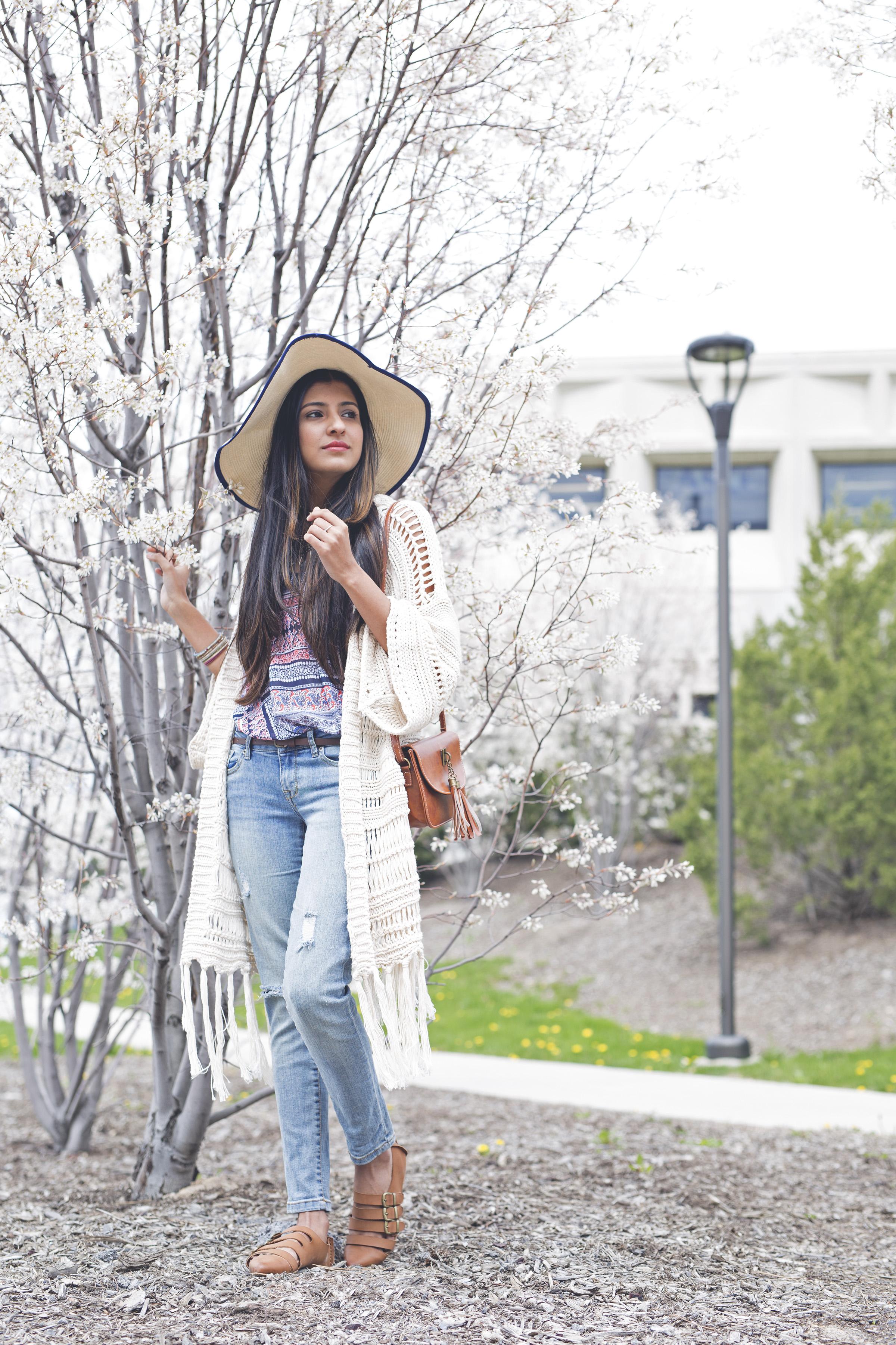 Spring-blogger-outfit-crochet-duster-fringe-cardigan