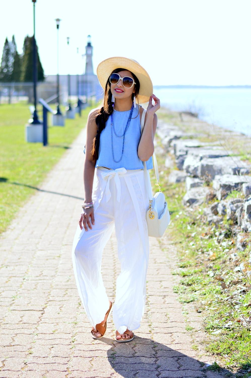 denim-crop-top-white-wide-leg-pants-beach-style 3