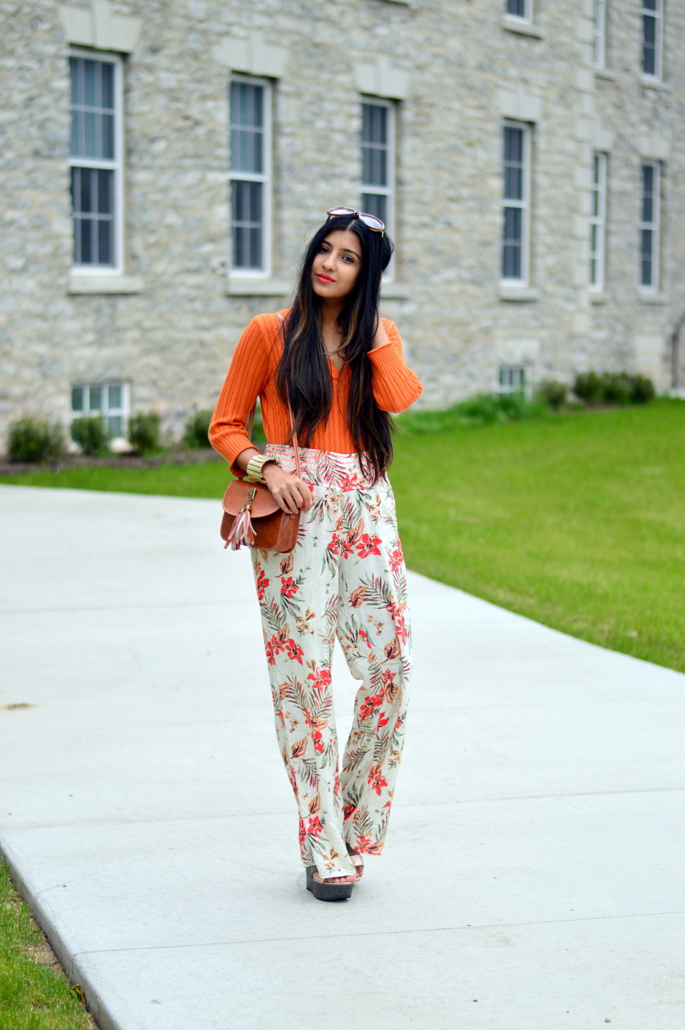 loral-wide-leg-pants-beach-coverup-summer-style-blogger-outfit 3
