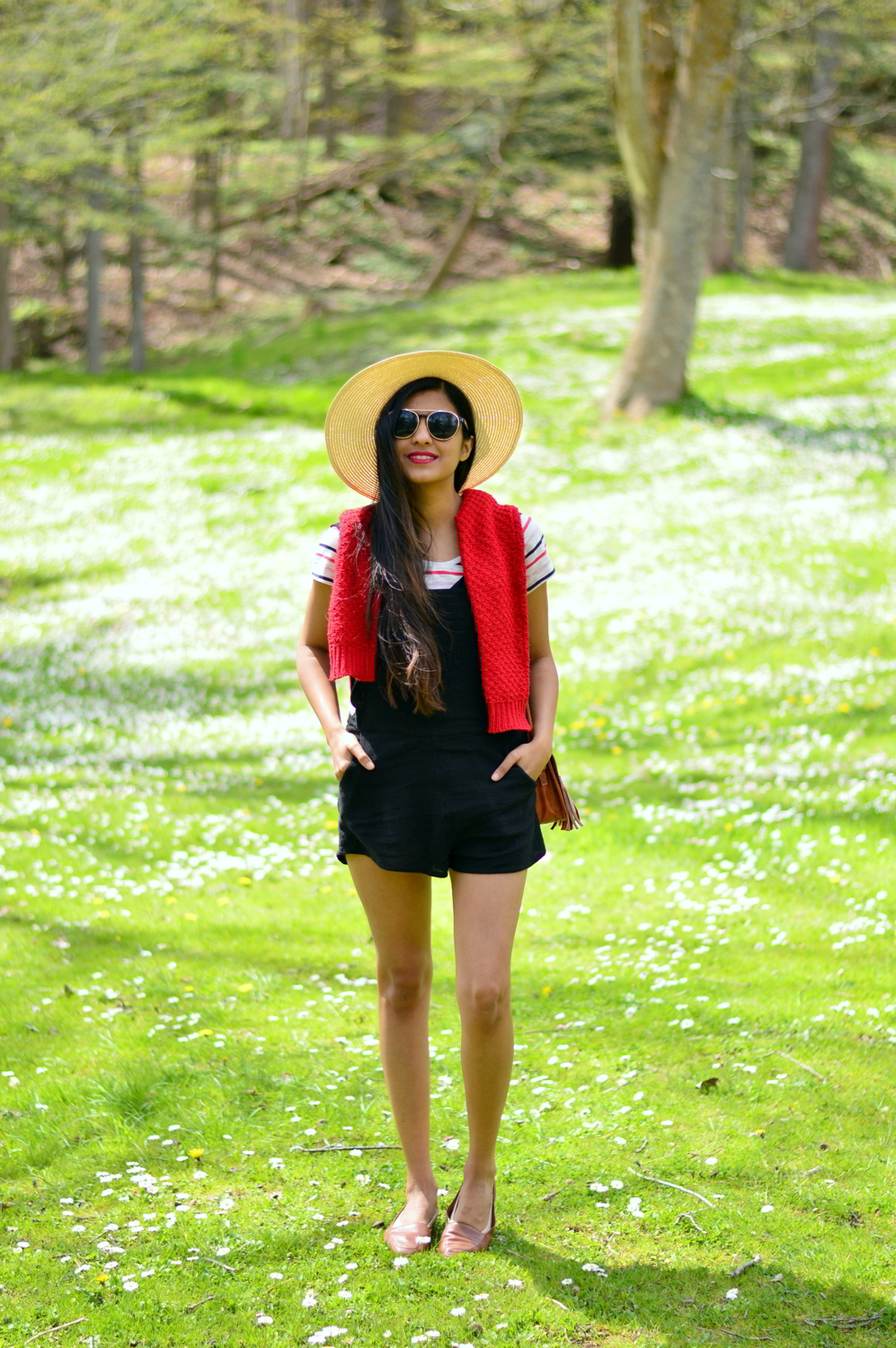 black-overalls-stripes-summer-casual-style-classic 3