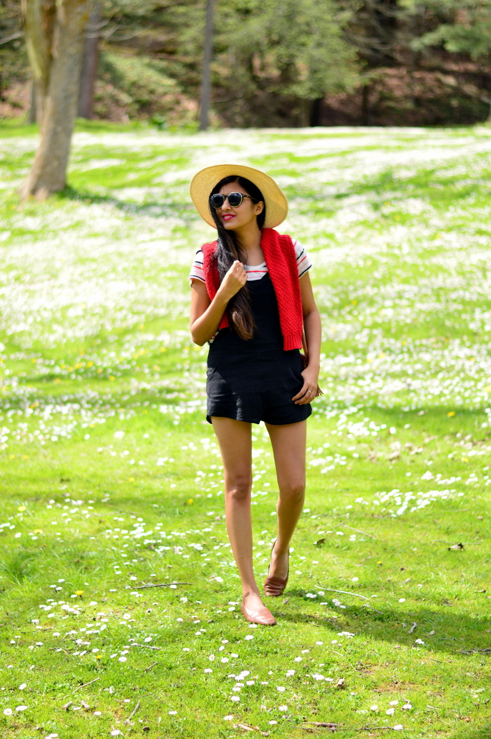 black-overalls-stripes-summer-casual-style-classic 7