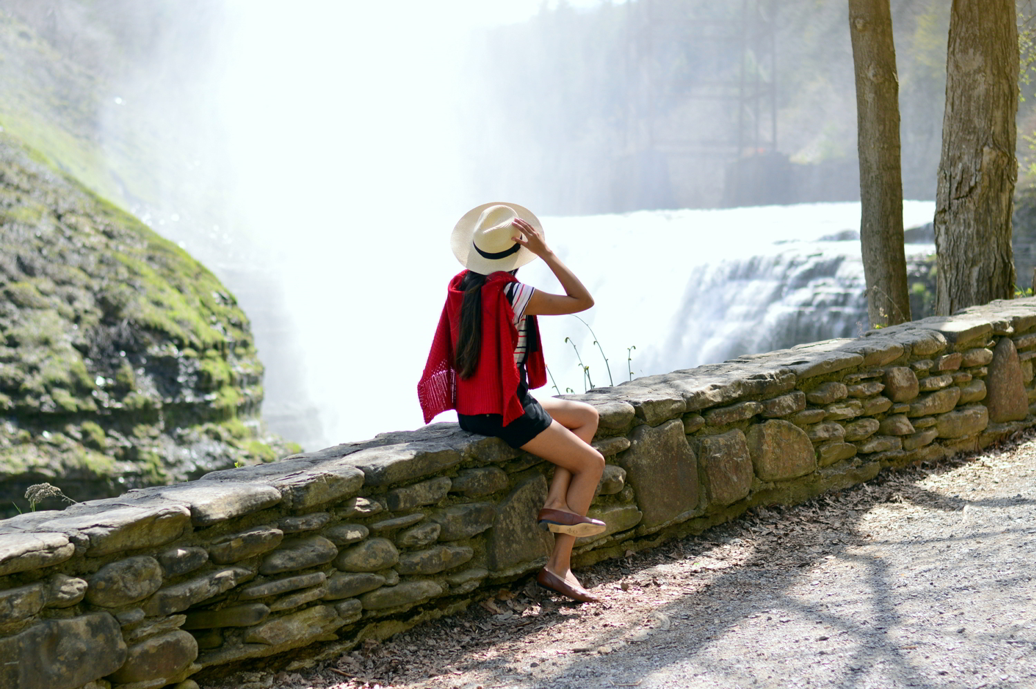 black-overalls-stripes-summer-casual-style-letchworth-state-park 9