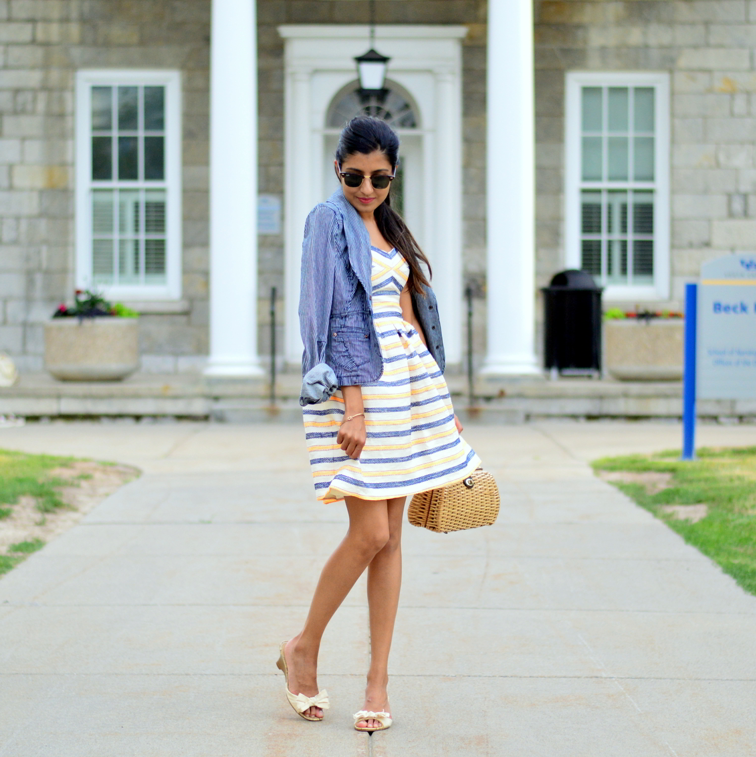 summer-striped-dress-denim-jacket-blogger-style-outfit 1