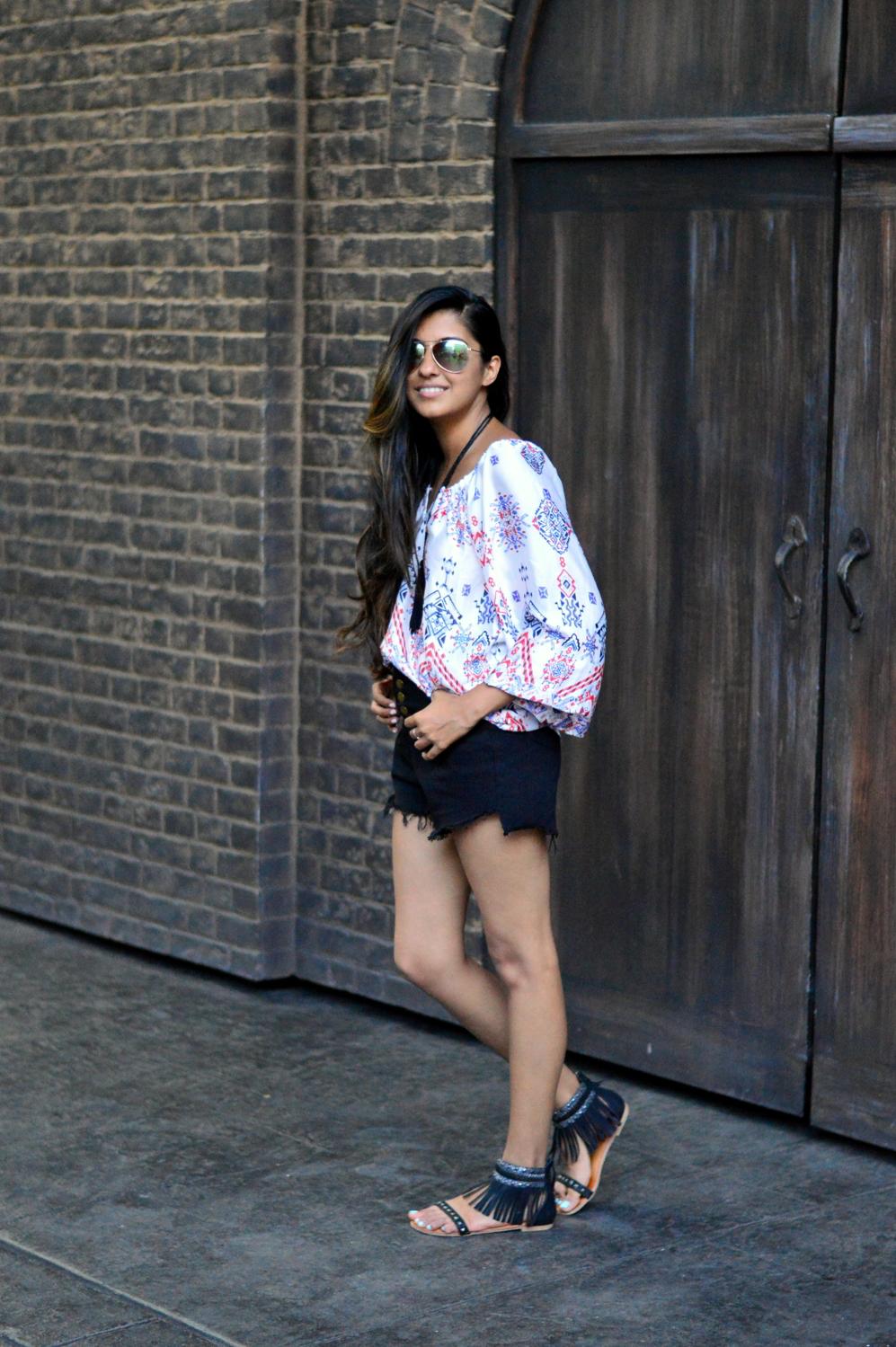 denim-highwaisted-cutoff-shorts-printed-peasant-blouse-summer-travel-florida-style 7