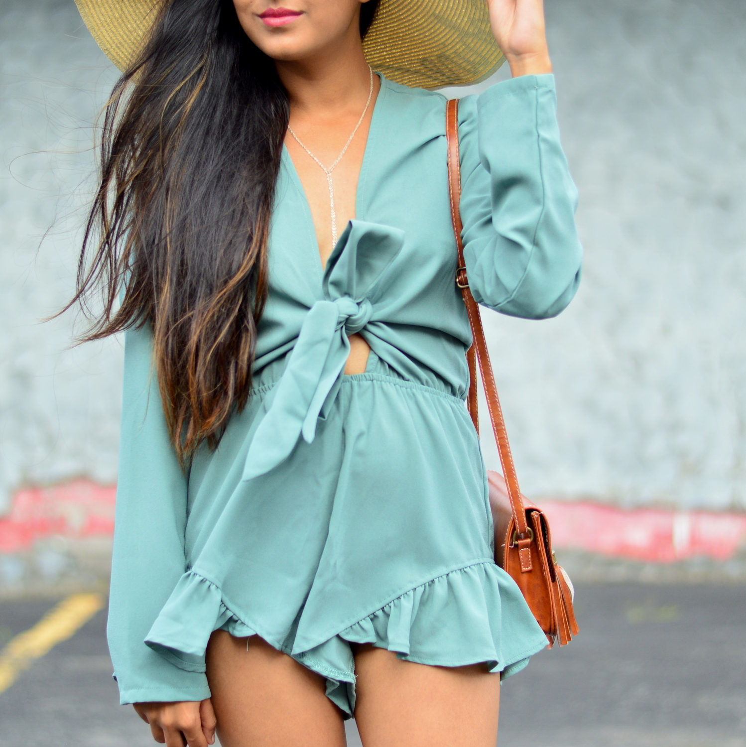 tie-front-romper-playsuit-summer-outfit-blogger-style 4
