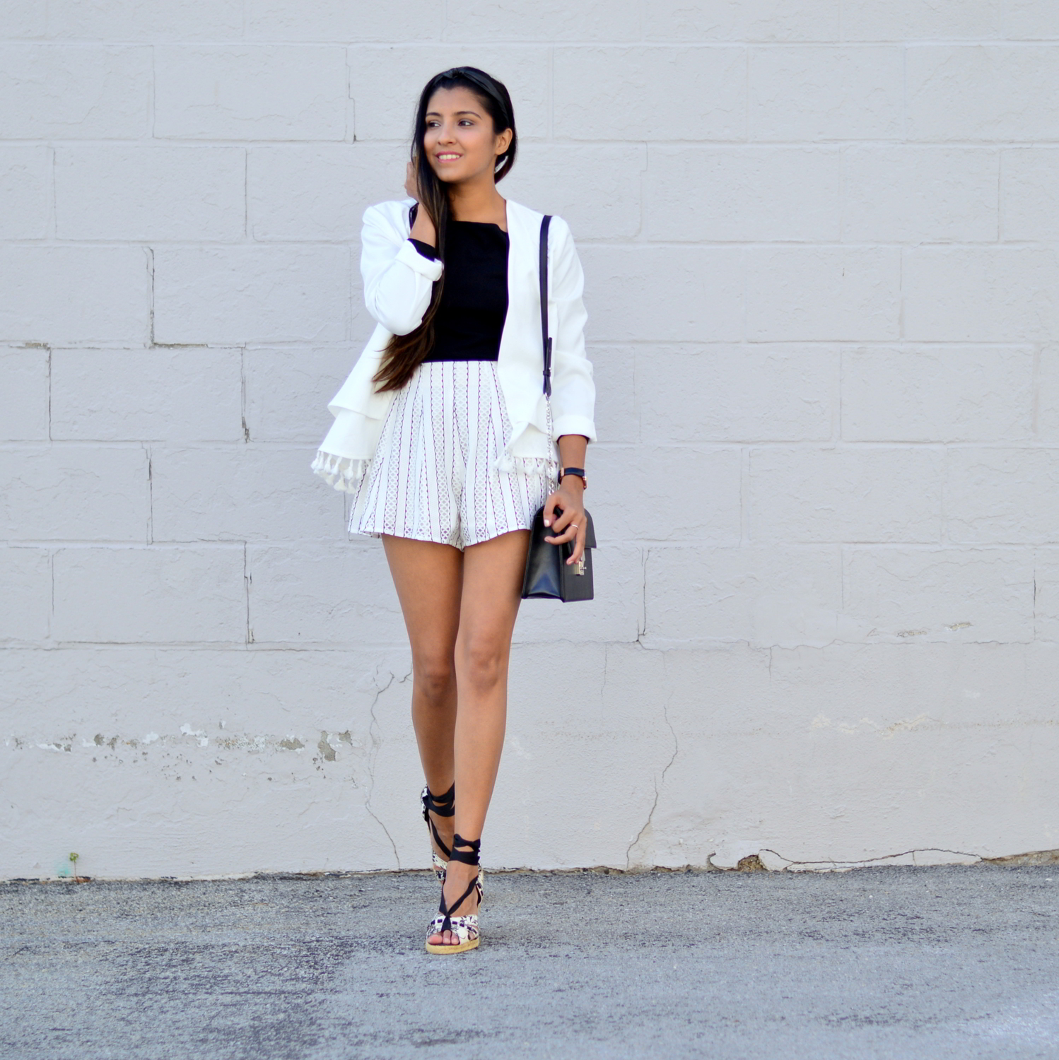 black-and-white-off-the-shoulder-lace-up-shoes-summer-style 1