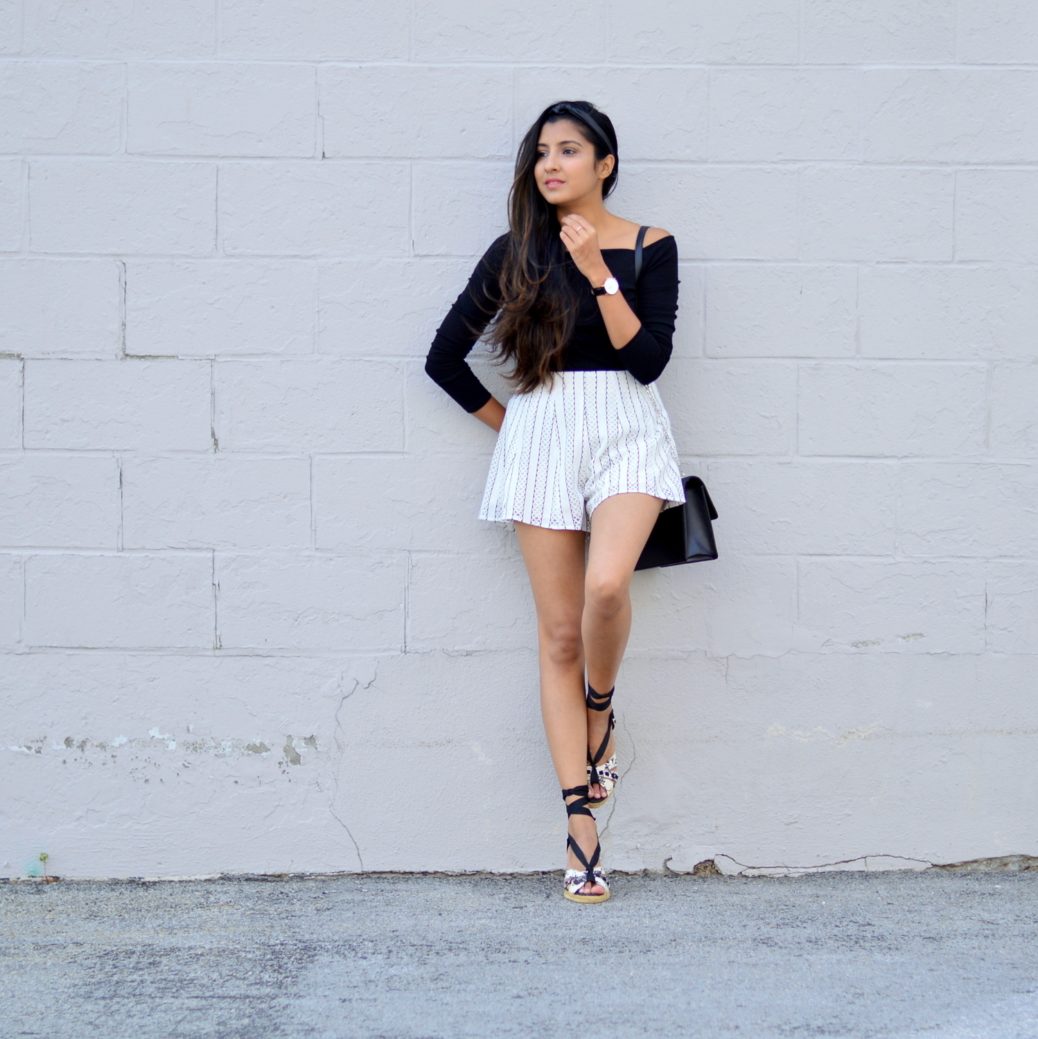 black-and-white-off-the-shoulder-lace-up-shoes-summer-blogger-outfit 2