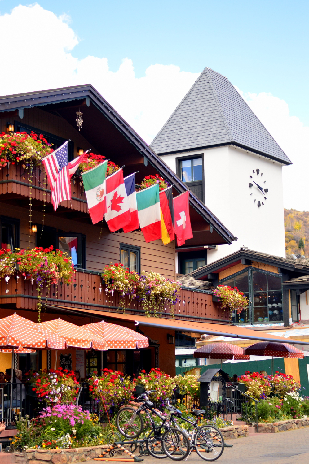 travel-Vail-Colorado-style-blogger-guide-fall 1