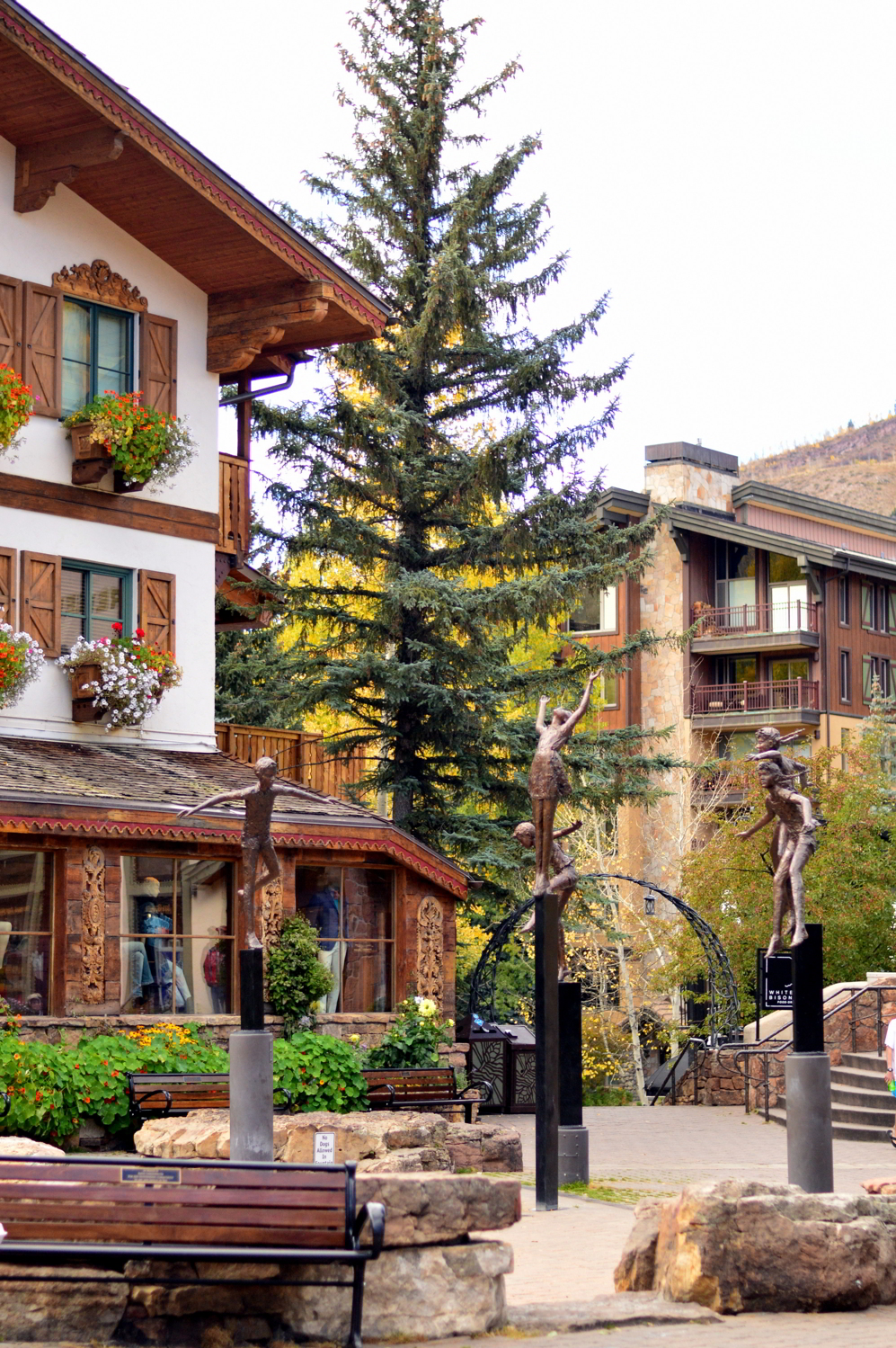 travel-Vail-Colorado-blogger-guide-fall-things-to-do 1