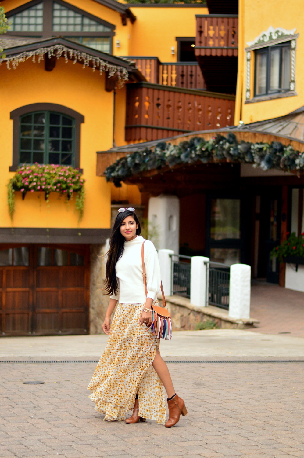 turtleneck-sweater-floral-maxi-dress-fall-layers-style-blogger-travel-Vail-Colorado 3