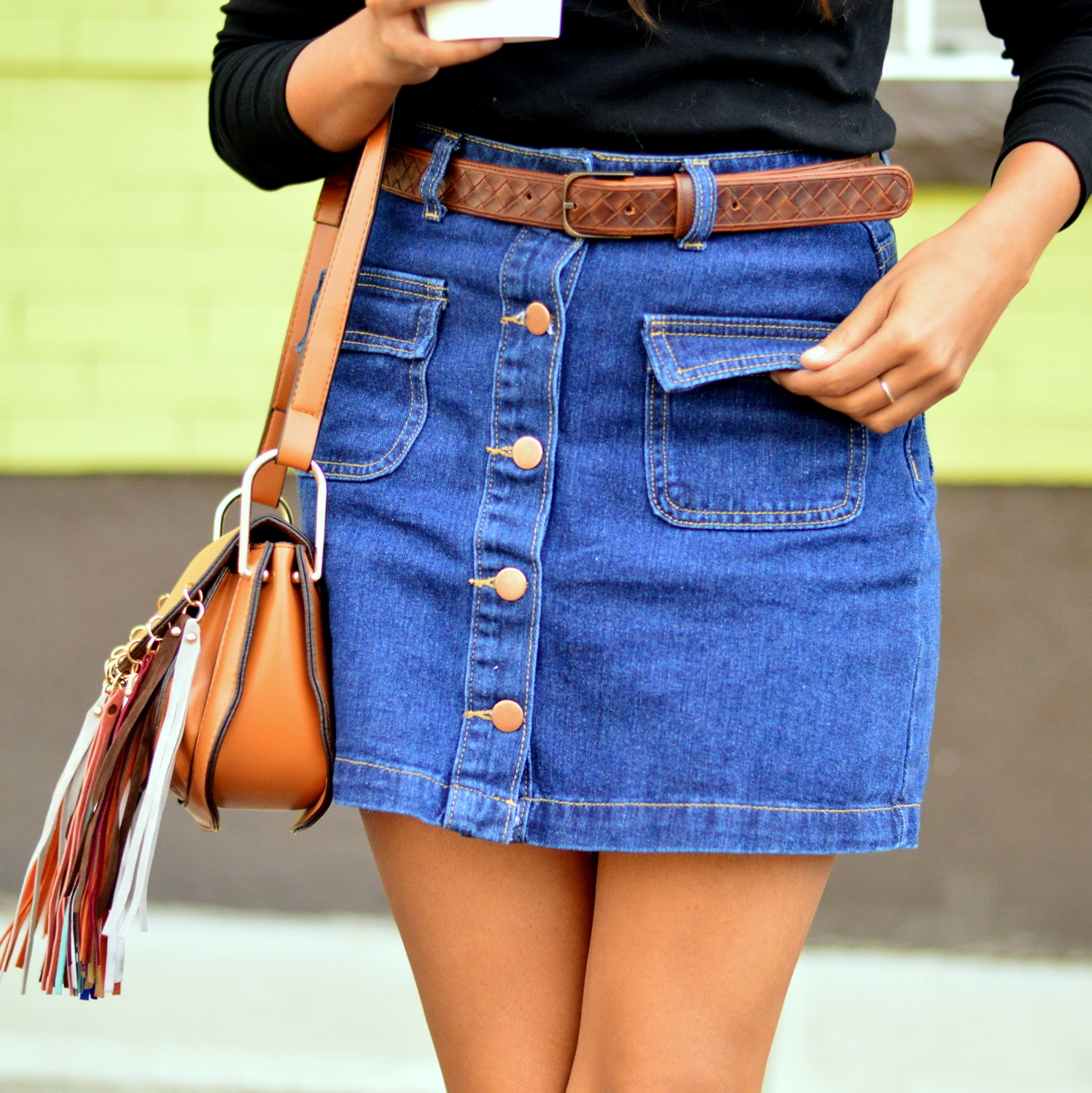 denim-skirt-off-the-shoulder-fringe-boho-casual-fall-style 5
