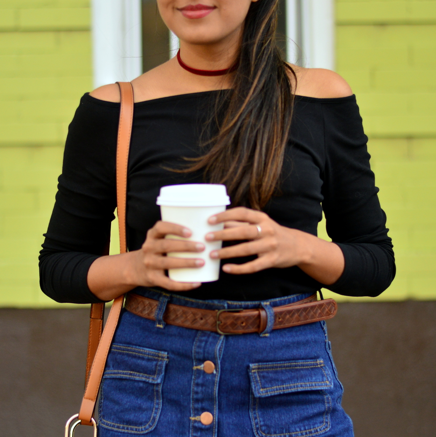 denim-skirt-off-the-shoulder-fringe-boho-casual-fall-style 6