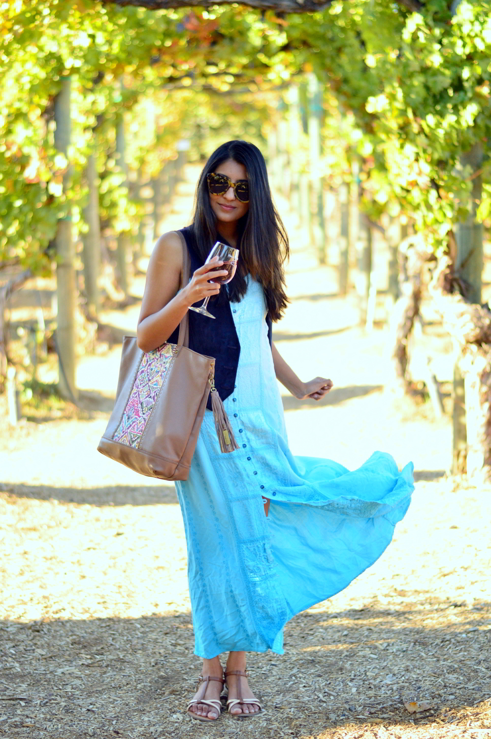 embroidered-maxi-dress-suede-vest-fall-california-blogger-style-outfit 3