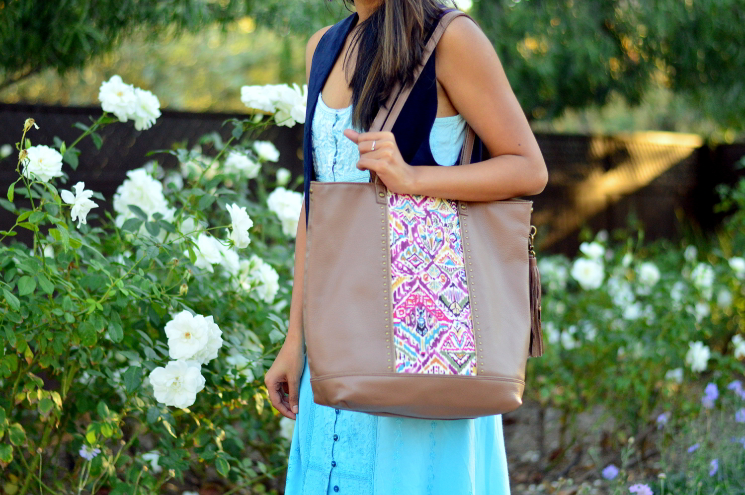 embroidered-maxi-dress-suede-vest-fall-california-blogger-style-outfit 4