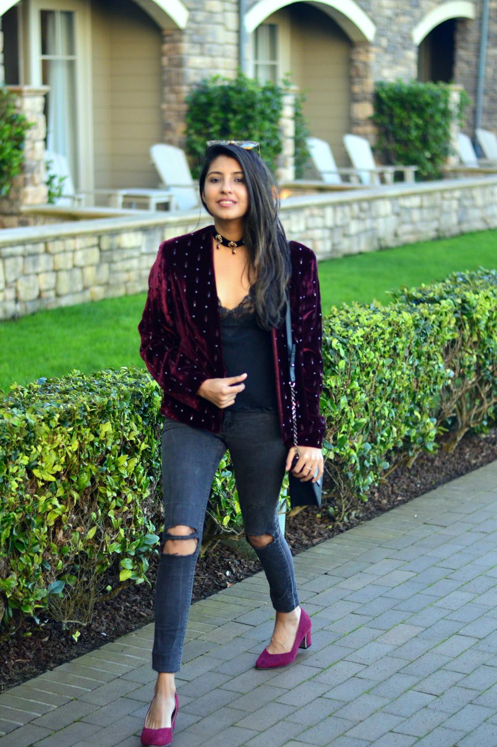 velvet-embellished-blazer-holiday-party-style-burgundy-black-blogger-outfit 8