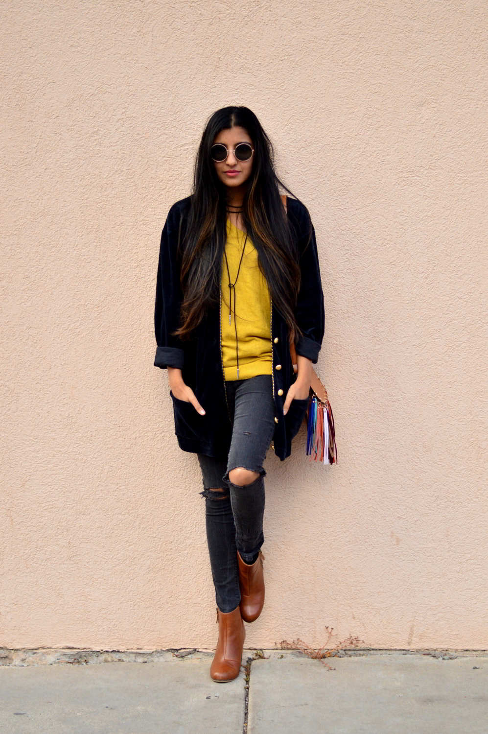 velvet-oversized-cardigan-fall-style-colorado-travel-blogger-outfit 3
