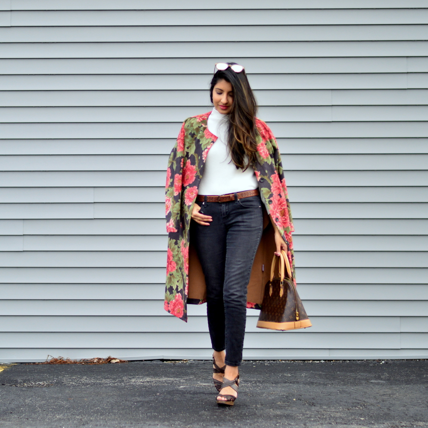 suede-floral-coat-winter-street-style-blogger-outfit-skinny-jeans 3