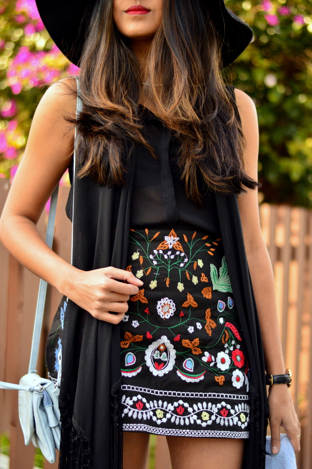 embroidered-skirt-fringe-blouse-winter-layers-blogger-outfit-california 3