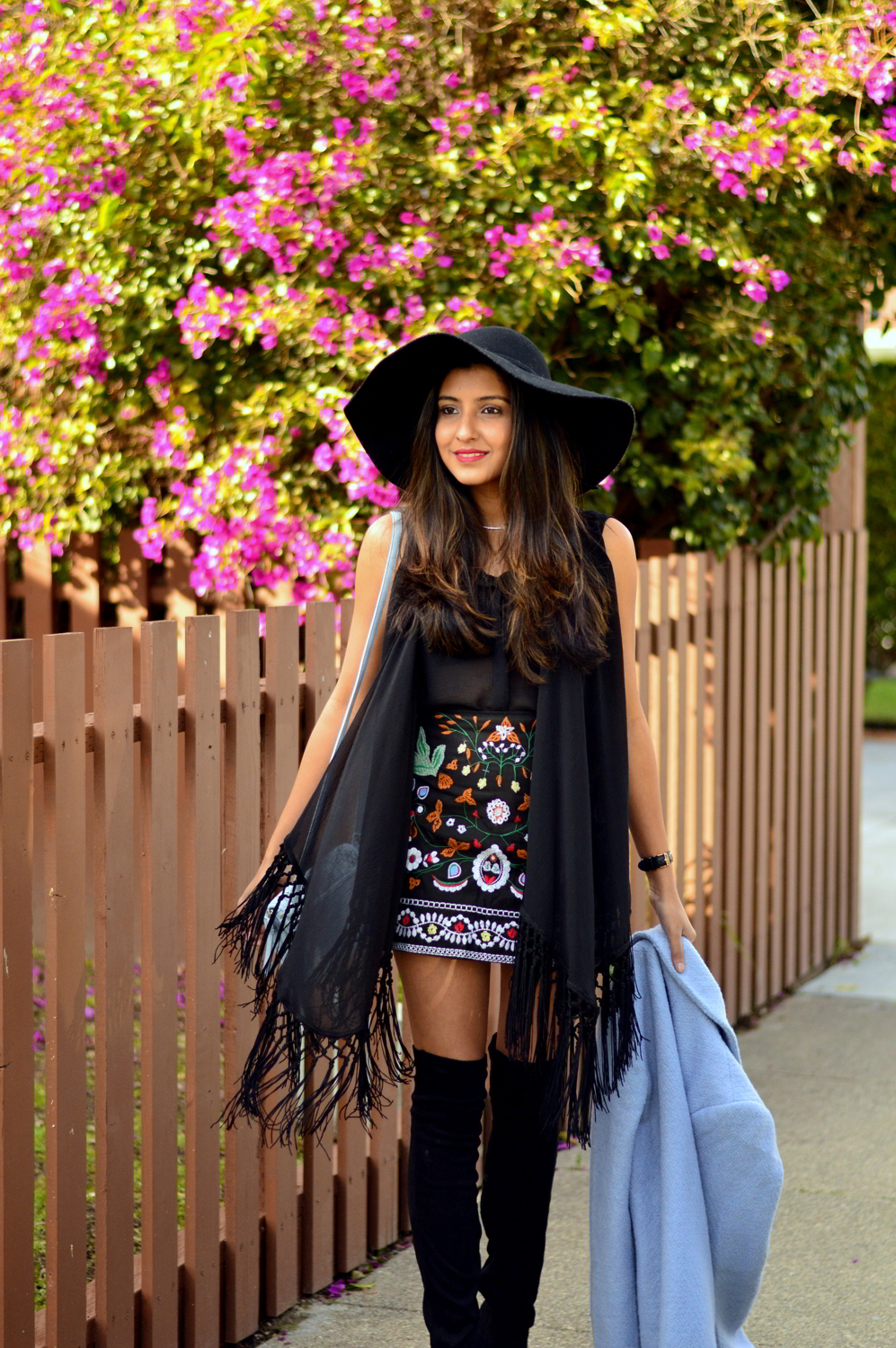 embroidered-skirt-fringe-blouse-winter-layers-blogger-outfit-black-monochrome 5