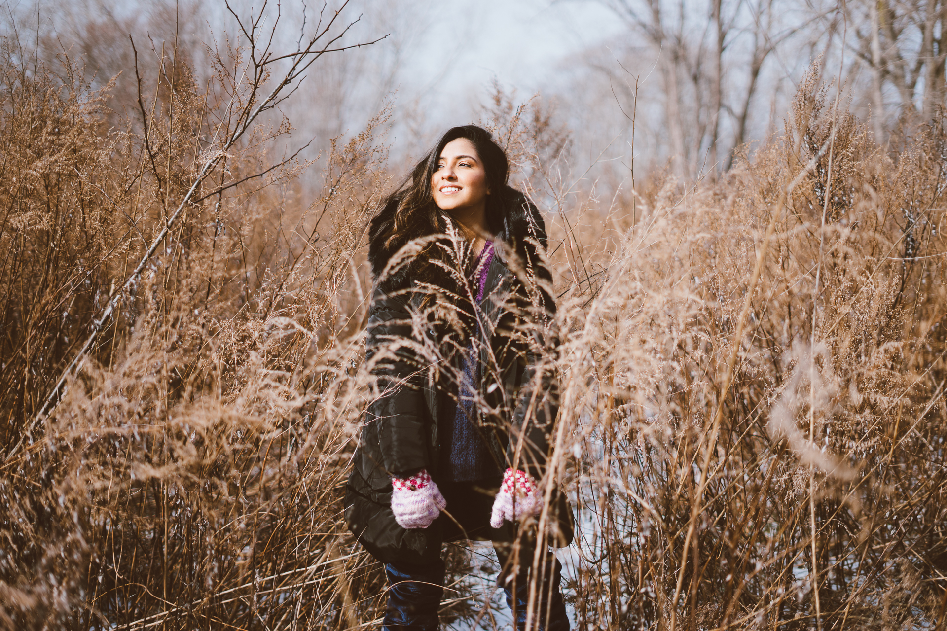 puffer-jacket-velvet-over-the-knee-boots-winter-snow-day-editorial-style 4