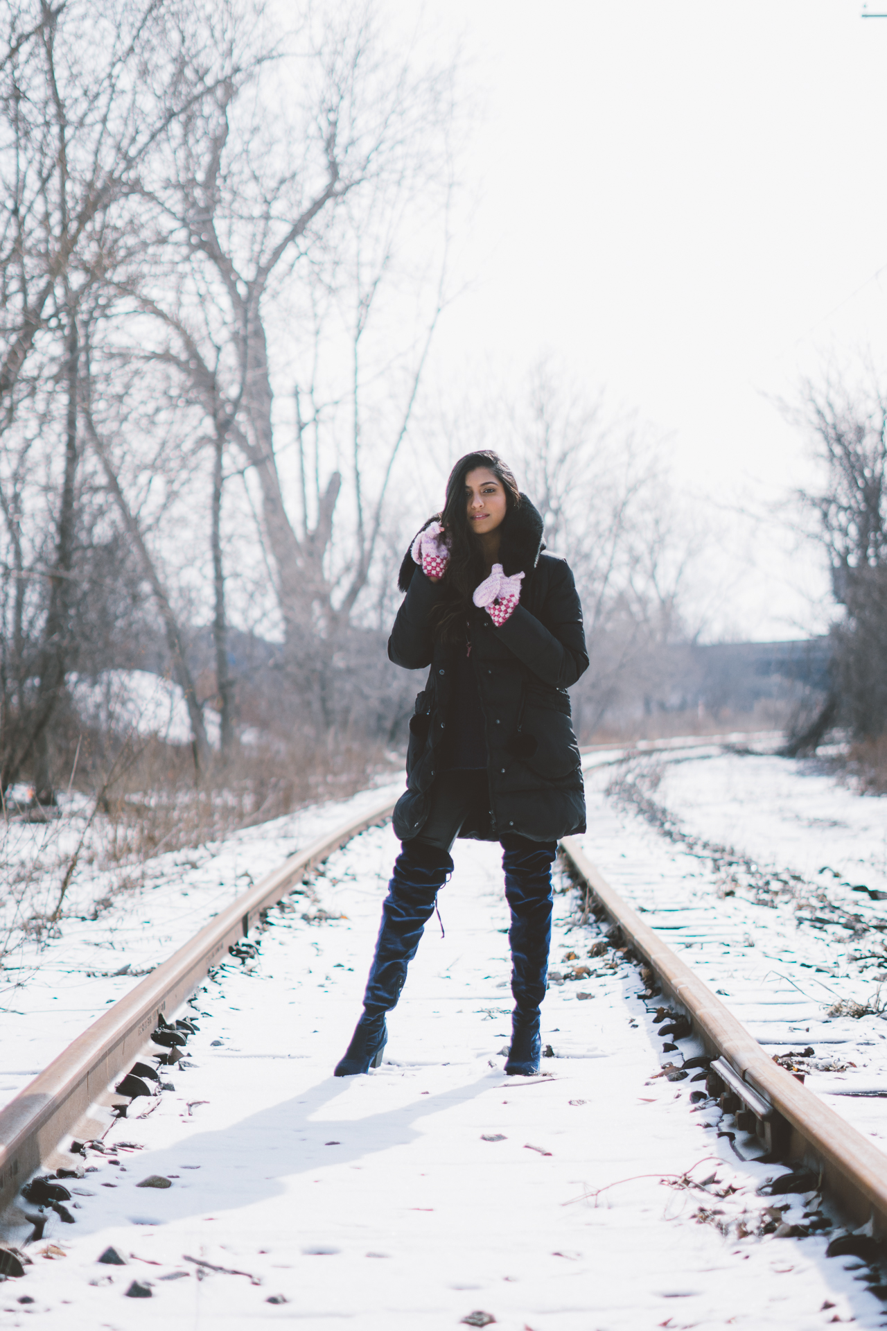 puffer-jacket-velvet-over-the-knee-boots-winter-snow-day-style-layers 5