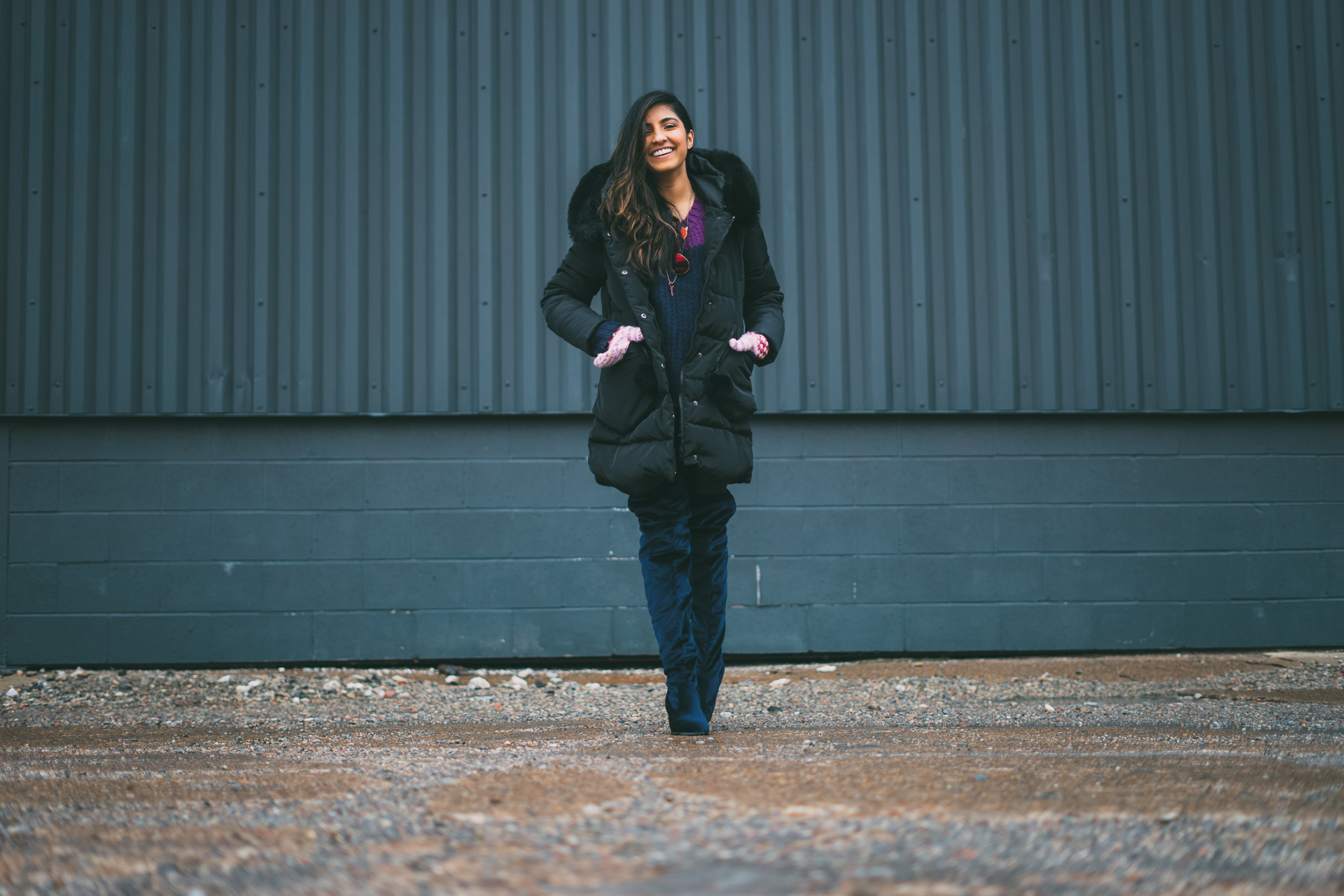 puffer-jacket-velvet-over-the-knee-boots-winter-snow-day-style 10