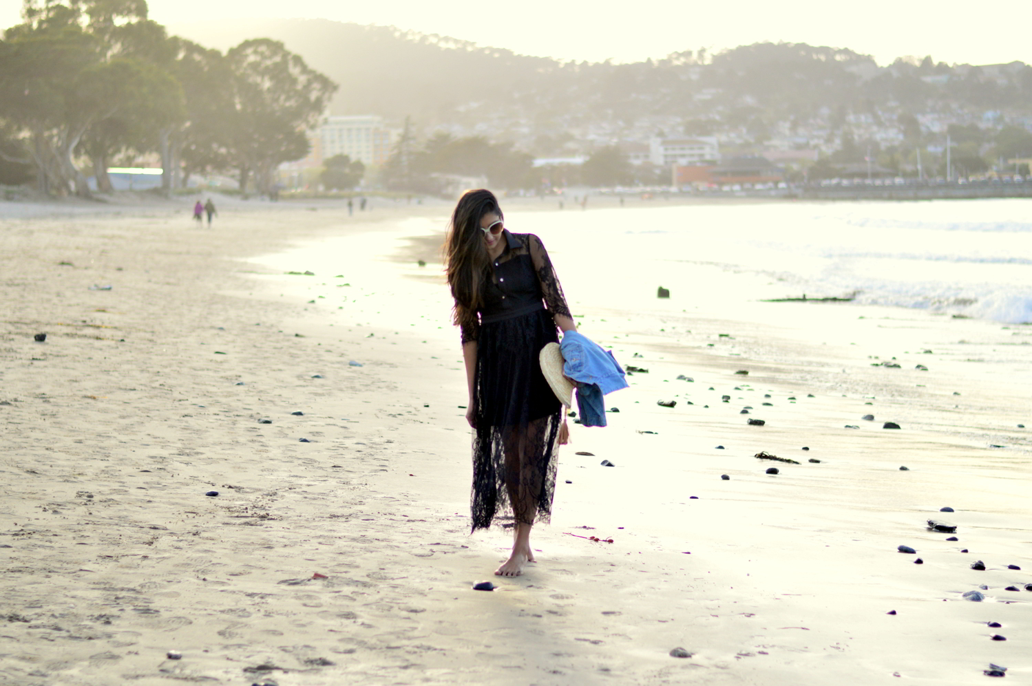 lace-maxi-dress-monterey-california-beach-sunset-outfit-blogger-style 5