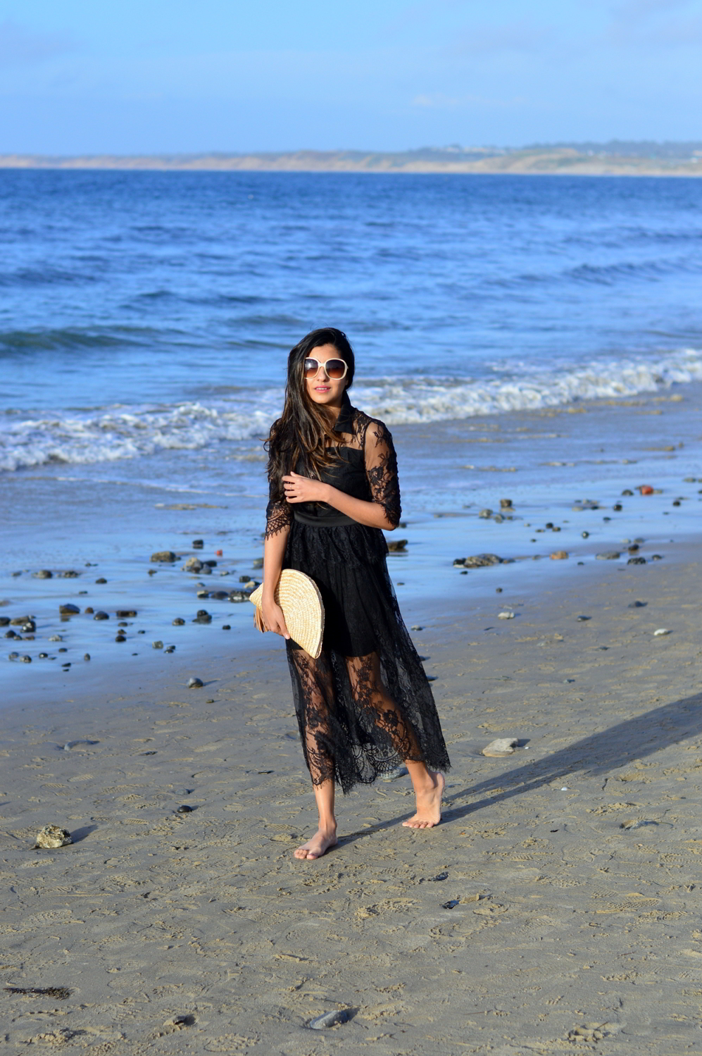 lace-black-maxi-dress-monterey-california-beach-outfit-blogger-style 8