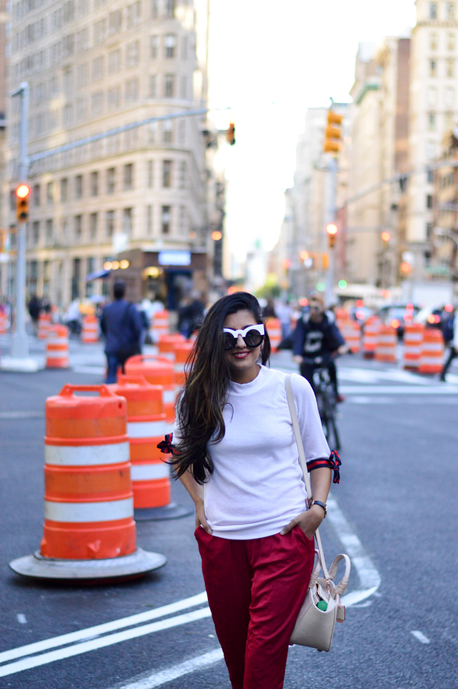 tie-sleeved-white-tee-red-silk-pants-summer-style-nyc-style-blogger-outfit 17