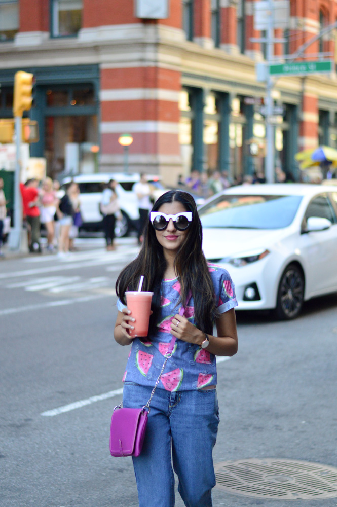 tie-sleeved-white-tee-red-silk-pants-summer-style-nyc-style-blogger-outfit 20