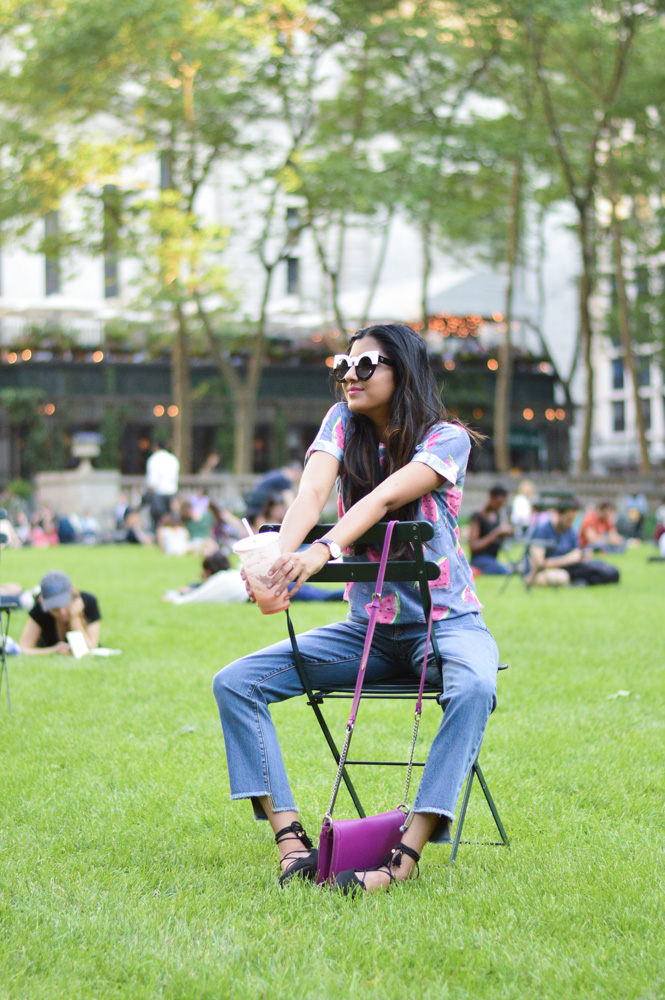 watermelon-fruit-print-tee-summer-style-nyc-soho-manhattan-style-travel-blogger-outfit-bryant-park 24