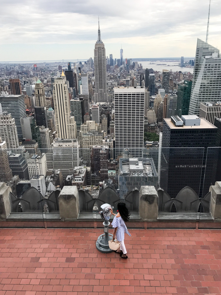rockefeller-center-top-of-the-rock-empire-state-nyc-travel-blogger-outfit 28