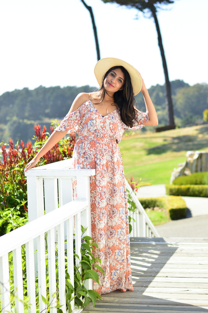 little-river-inn-mendocino-california-travel-blogger-outfit-style-floral-maxi-dress 2