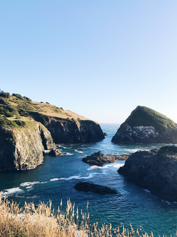 little-river-inn-mendocino-california-travel-blogger-outfit-style 7