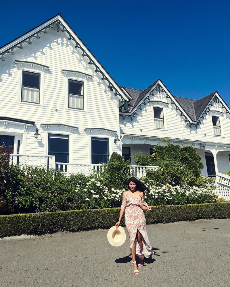 little-river-inn-mendocino-california-travel-blogger-outfit-style 1