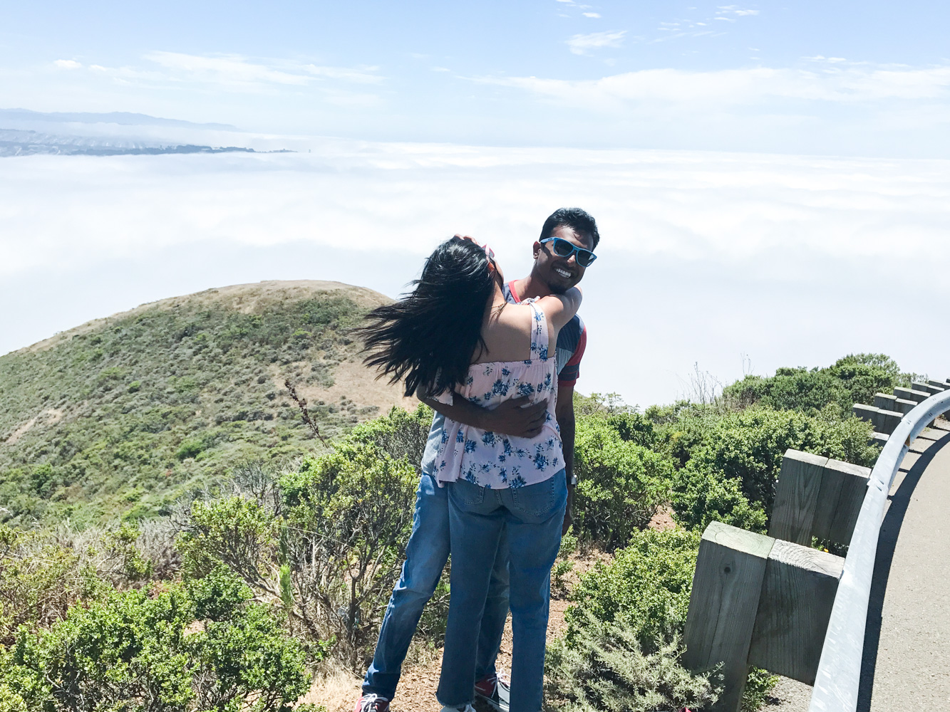marin-county-summer-day-activities-floral-blouse-california-travel-couple 6