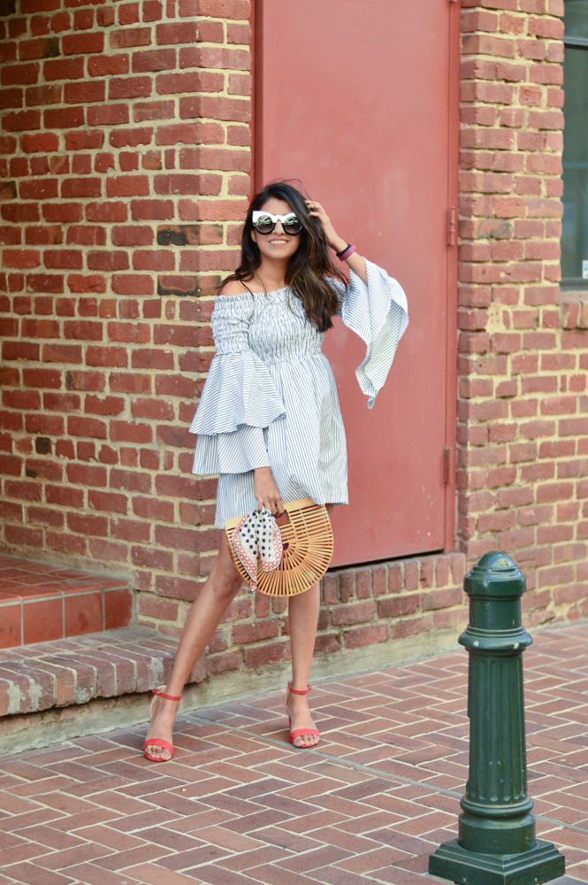 bell-sleeves-ruffles-stripes-dress-black-and-white-summer-style-blogger-outfit 9