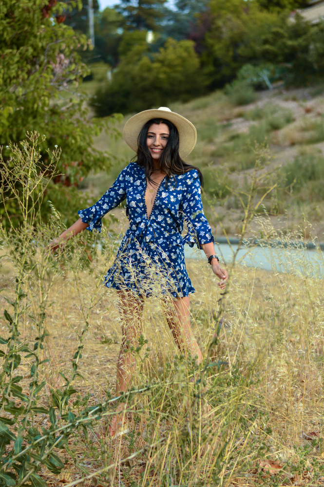 navy-floral-playsuit-ruffles-summer-fashion-blogger-outfit 2