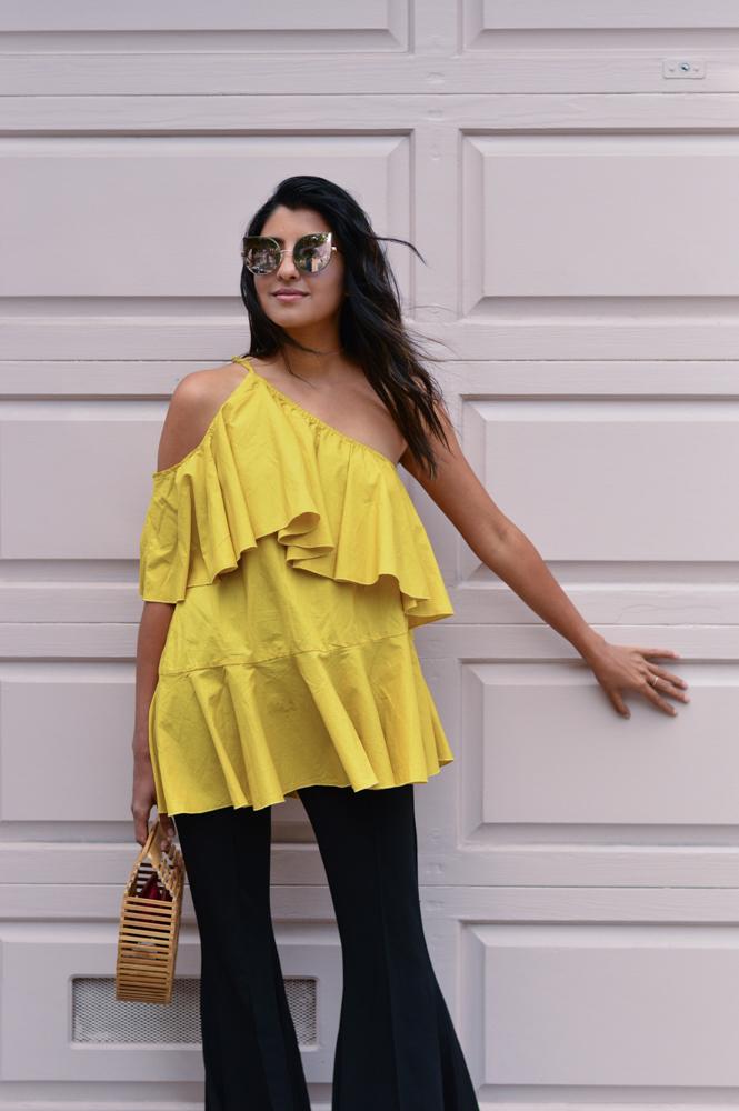 ruffles-mustard-yellow-fall-style-one-shoulder-top-blogger-fashion 2