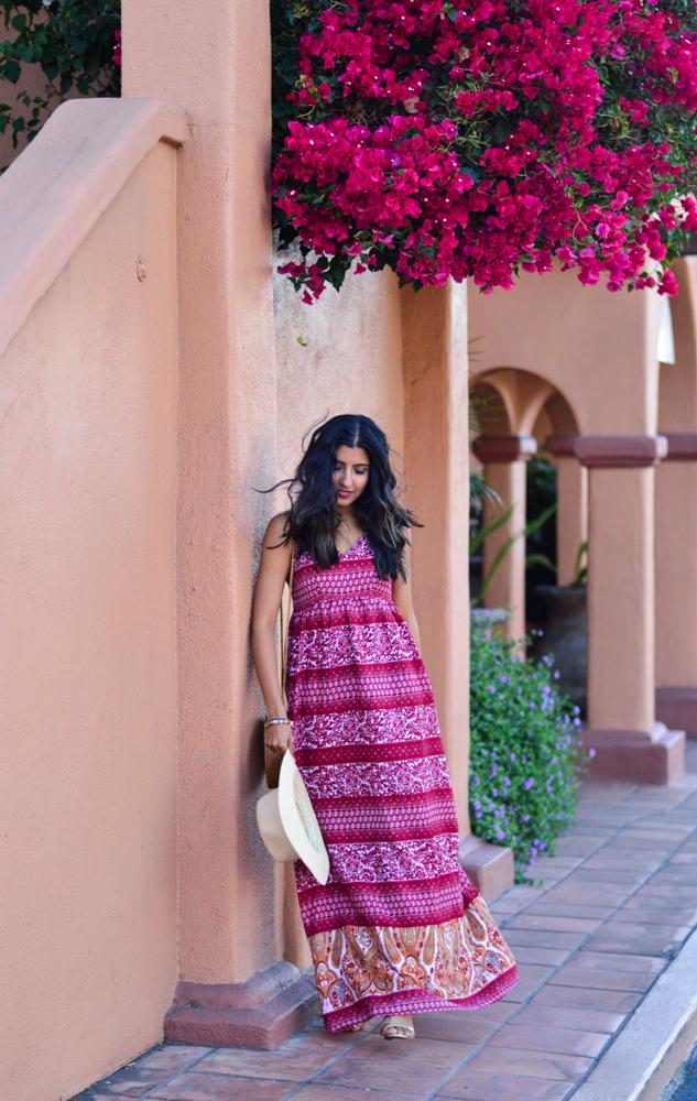 paisley-print-maxi-dress-fall-style-wicker-circle-bag-blogger-outfit 1