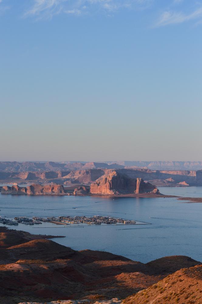 DSC_0225.jpgpink-crop-top-shorts-set-bryce-canyon-utah-lake-powell-travel-blogger 19