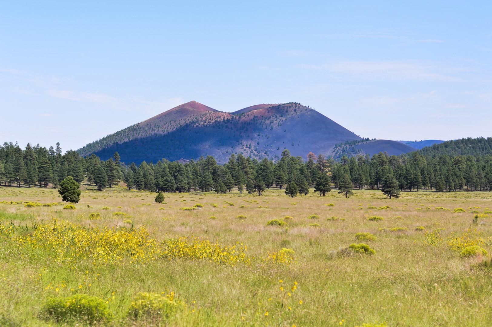 travel-blogger-arizona-long-weekend-itinerary-sunset-crater-volcano 2