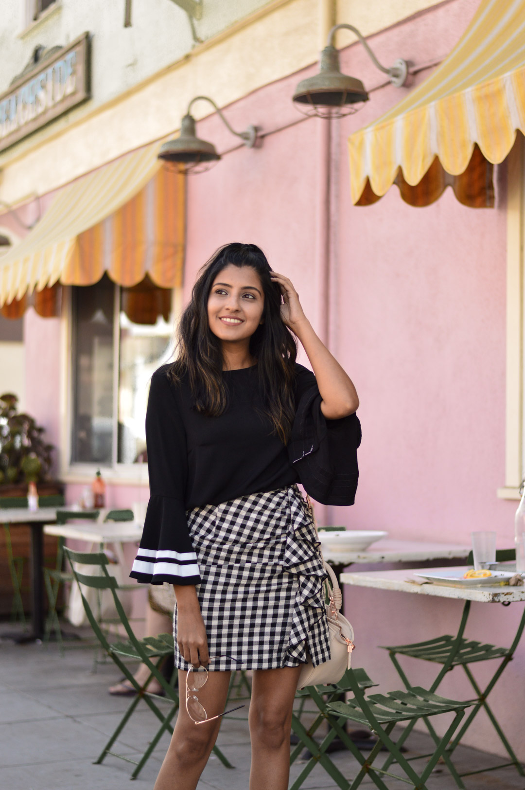 bell-sleeves-gingham-ruffles-transition-fashion-blogger-style 2