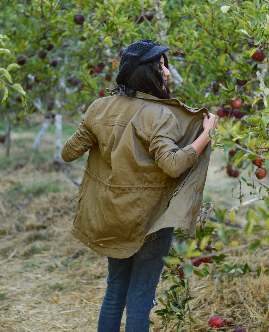 apple-picking-fall-florals-utility-jacket-california-style 4