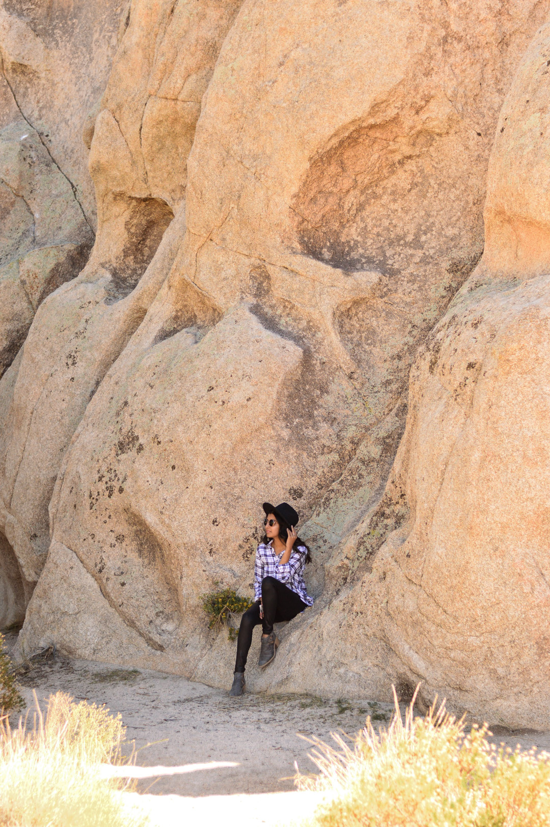 joshua-tree-national-park-california-travel-blogger-outfit 5