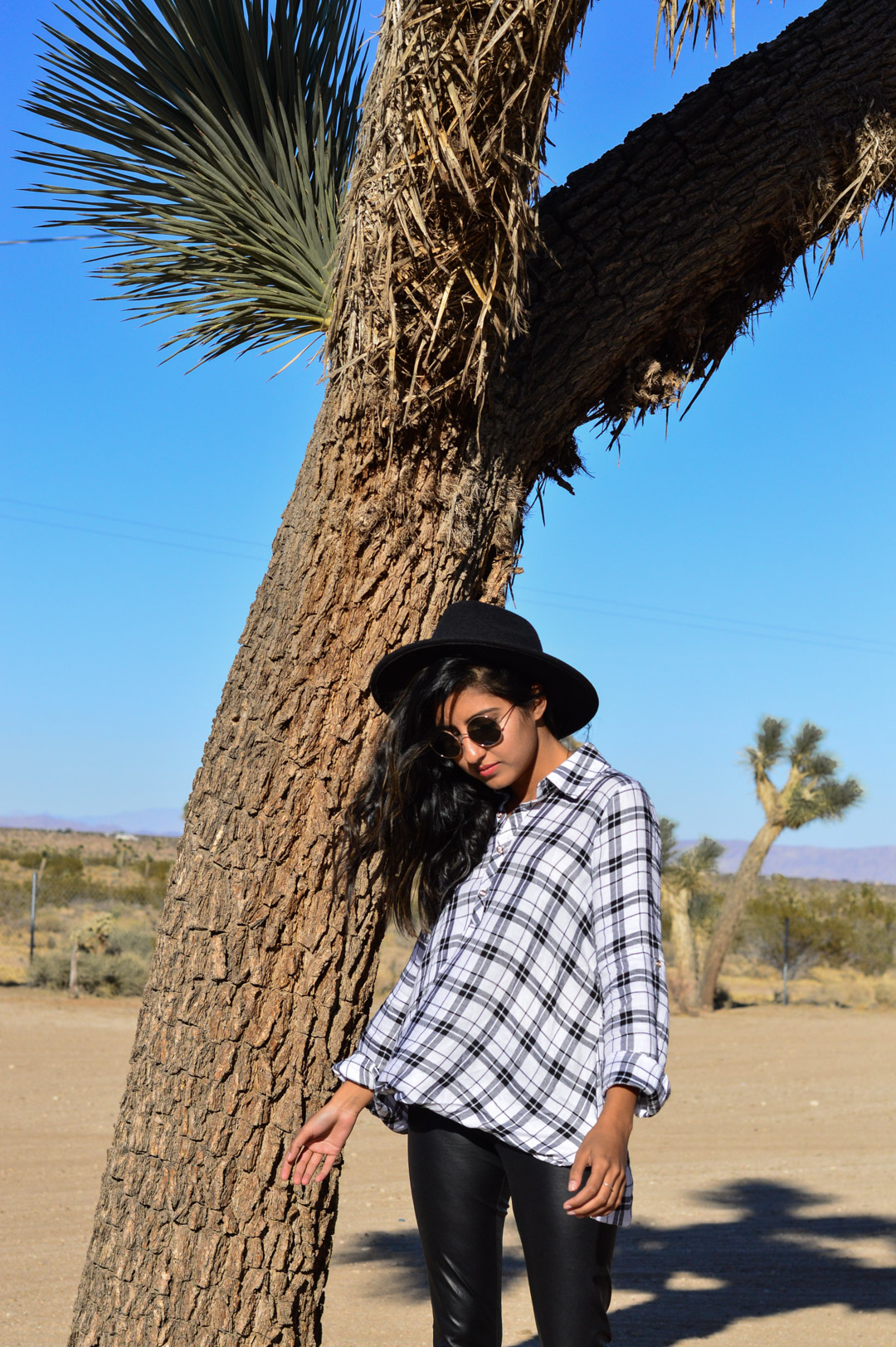 joshua-tree-national-park-california-travel-blogger-outfit 7