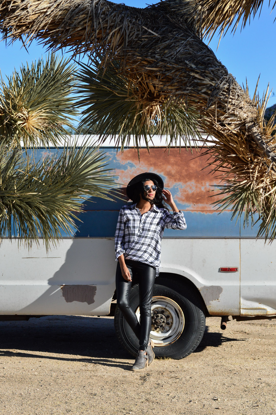 joshua-tree-national-park-california-travel-blogger-fashion 8