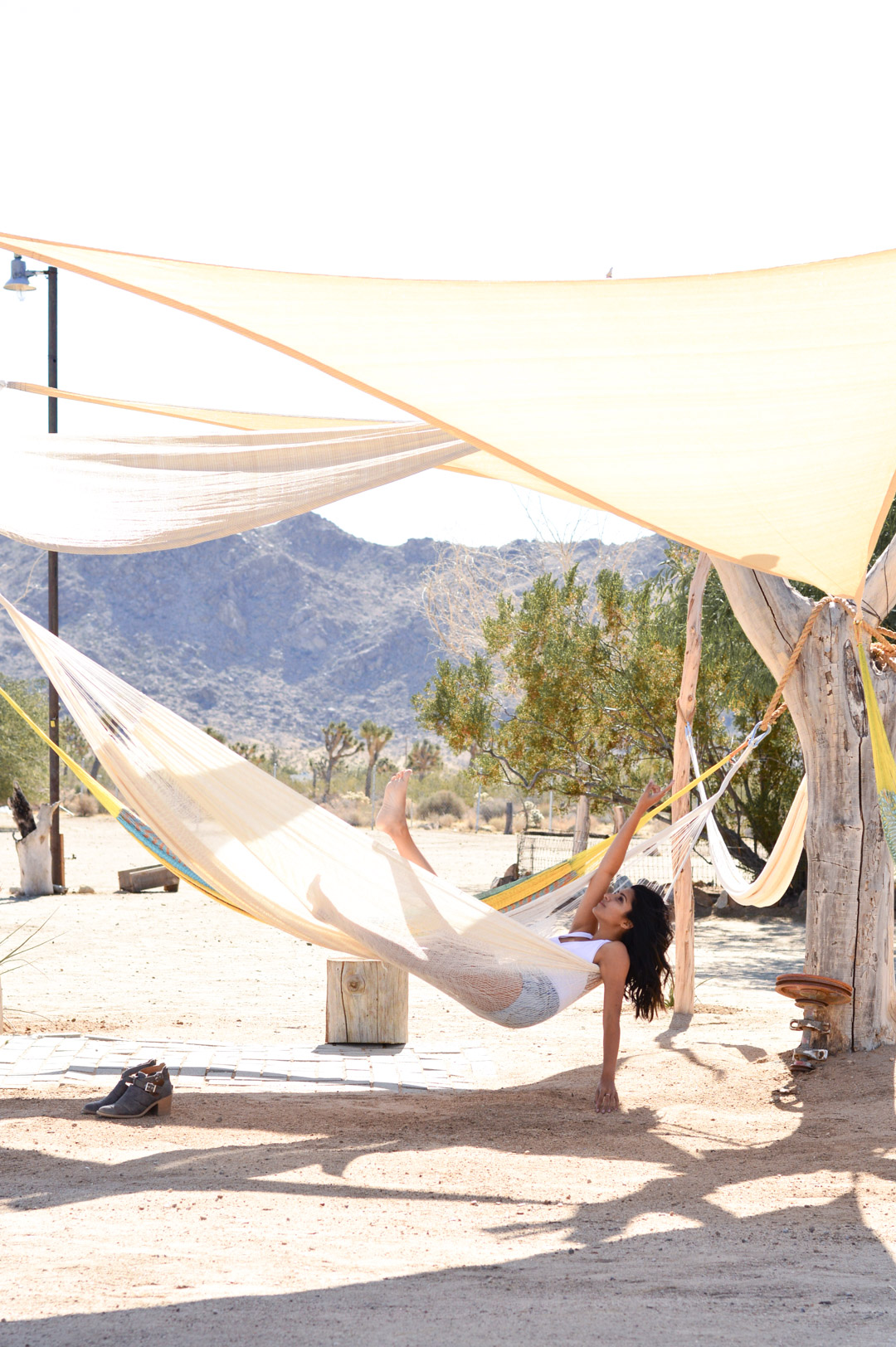 joshua-tree-hammocks-desert-california-travel-airbnb-where-to-stay 6