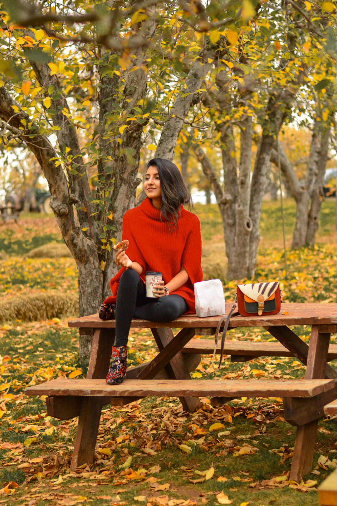 red-cape-sweater-fall-activities-apple-hill 6